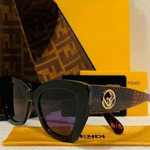 Fendi Sunglass Style FF327S